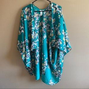 MAURICES Green Floral Kimono One Size